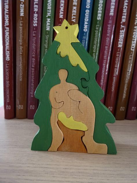 Presepio in legno componibile fatto a mano