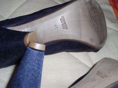 Vendo Decolte' raso blu tacco 10cm by Mauro Leone n.41 NUOVE - Foto 4