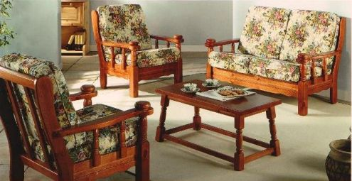 Divano Rustico Per Taverna : Salotto rustico divani poltrone tavolino in legno annunci brescia