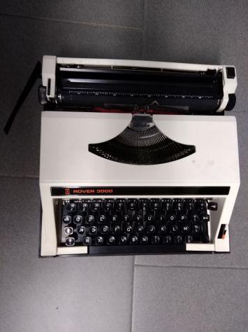 Macchina da scrivere Rover 3000