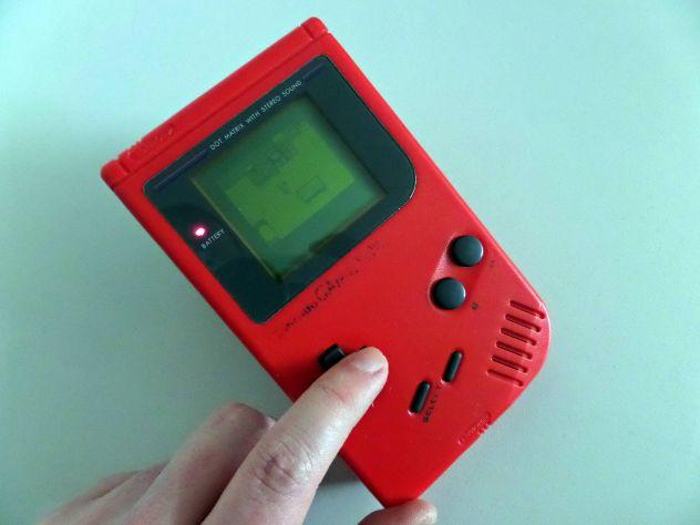 Game Boy Classic rosso + gioco Pokèmon Gold - Foto 4