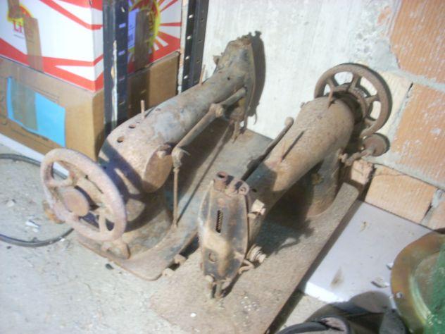 Vecchie macchine da cucire