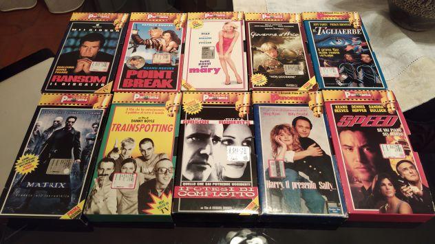 """10 film in VHS della collana di Panorama """"I grandi film"""""""