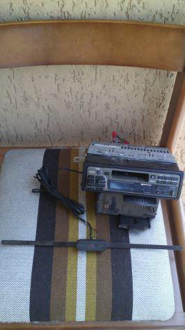 Stereo in blocco Sony, Pioneer e macchina da scrivere