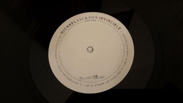 MICHAEL JACKSON, INVINCIBLE,  (ALBUM)  DOPPIO LP, 2001 TRADEMARK. - Foto 7