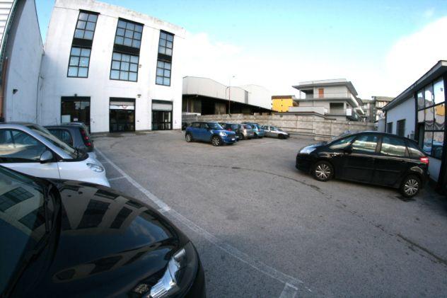 Ufficio arredato con posti auto euro 199 - Foto 10