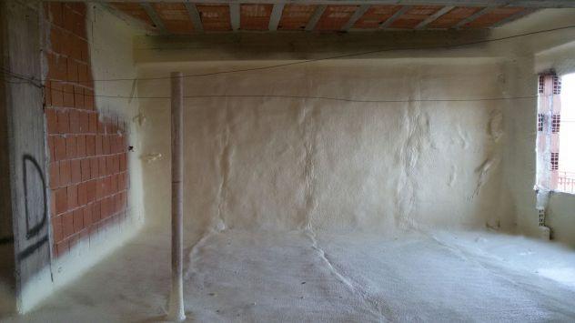 Isolamento termico sottotetto/solaio, pavimenti e pareti- spruzzo e insufflaggio - Foto 5