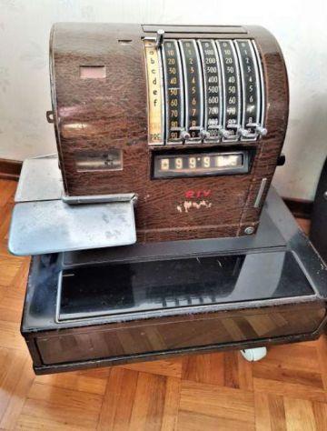 REGISTRATORE DI CASSA RIV Torino anni 30/40, Vintage