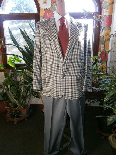 Abito sartoriale spezzato quadretti/grigio+camicia e cravatta t. 56
