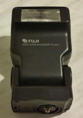 FUJIFILM 3000 ZOOM FLASH X FUJI DISCOVERY 3000 ZOOM 35MM MACCHINA FOTOGRAFICA