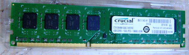 banco memoria Crucial 4GB - Foto 5