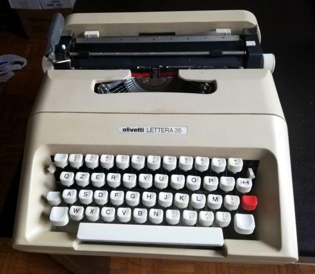 Macchina per scrivere meccanica Olivetti Lettera 35