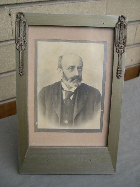 Antica cornice portaritratti Liberty con foto d 'epoca