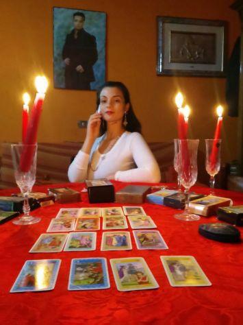 389.49.89.052...VERA SENSITIVA CARTOMANTE LUISA...CONSULTO TELEFONICO A 40 EURO - Foto 5