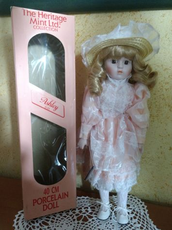 Bambola Porcellana Heritage mint collection dolls Ashley