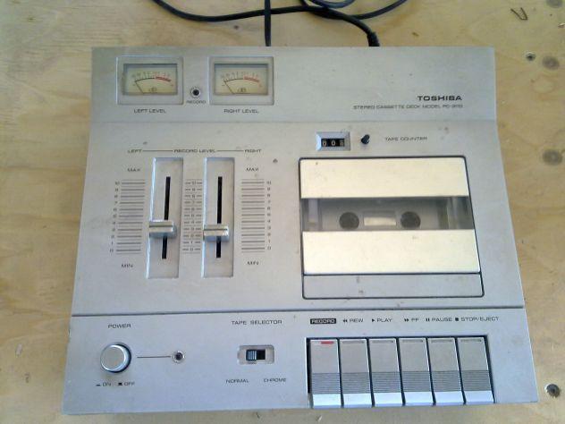 Piastra Toshiba modello PC-3110 lettore/registratore cassette