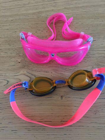 Occhialini piscina o mare bimbobimba