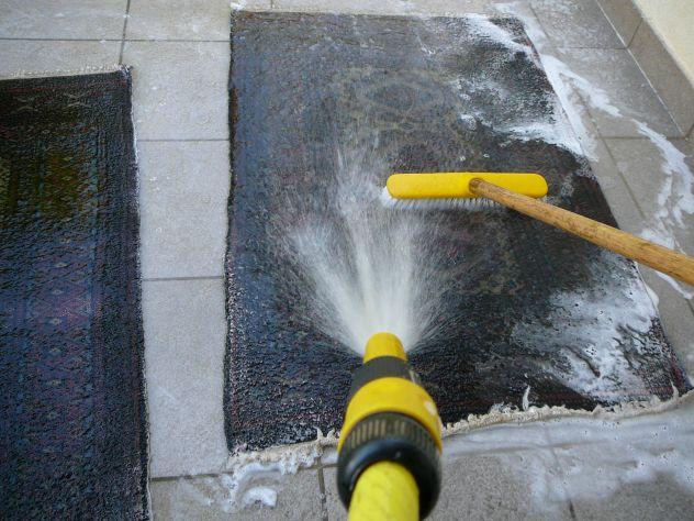 lavaggio profondo tappeto Trieste, restauro tappeti Trieste, 25% sconti