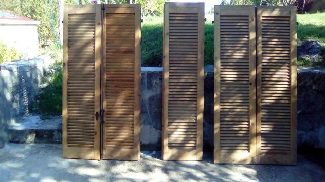 Persiane In Legno Antiche : Porte finestre persiane in legno annunci catanzaro