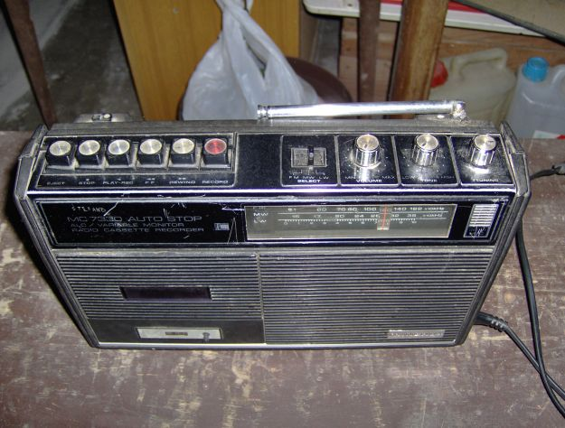 RADIO MINERVA MC 7330