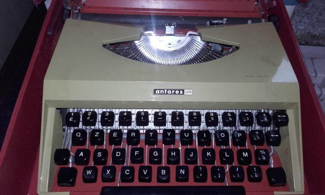 Macchina da scrivere epoca