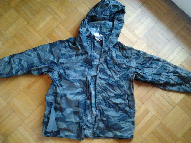 giacca a vento tipo KWAY 6 anni bimbo