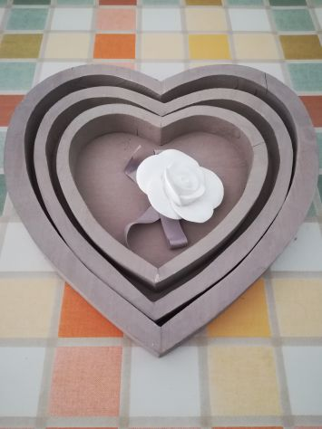3 Vassoi decorativi a forma di cuore