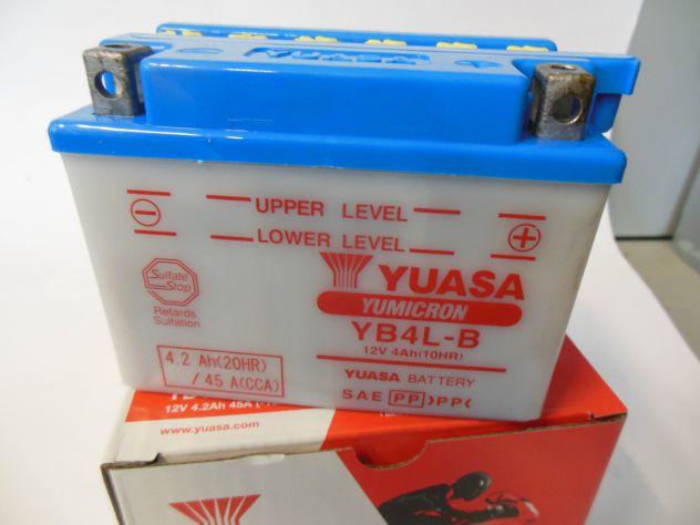Batteria motociclo YUASA YB4L-B  scooter 50cc