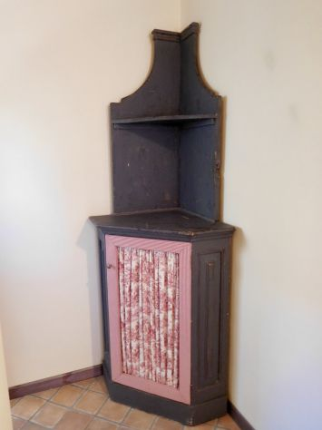 CREDENZA 800 ad angolo scantonata in legno massello decapé originale