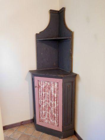 CREDENZA PROVENZALE angolare 800 in legno massello, decapé originale