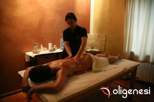 Scuola di Formazione Professionale per i corsi nella tecnica di Massaggio d …