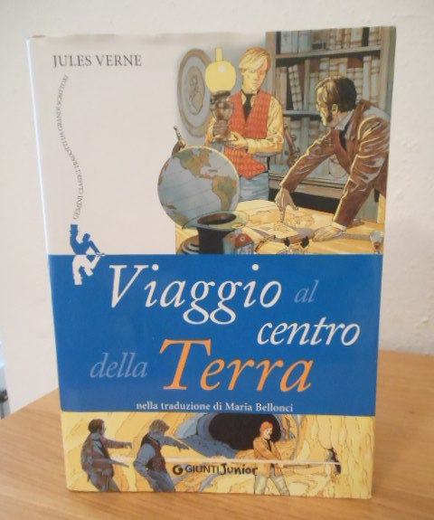 Viaggio al centro della Terra, Jules Verne, Giunti Junior 2009.