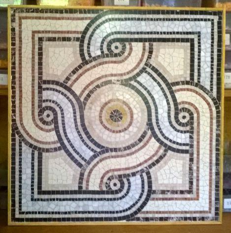 mosaico decorativo di alta fattura artigianale
