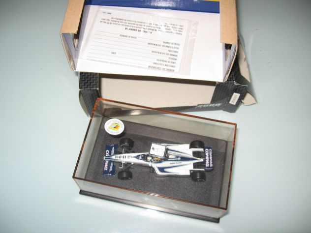 WILLIAMS FW22 RALF SCHUMACHER 1:43 HOT WHEELS NUOVO!!!!