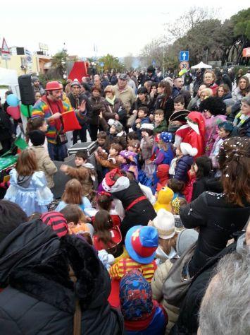 burattini comici magie da ridere animazione feste bambini mangiafuoco - Foto 4