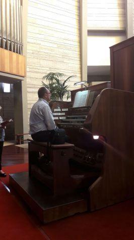 Intrattenimenti e lezioni di pianoforte , canto e batteria - Foto 2