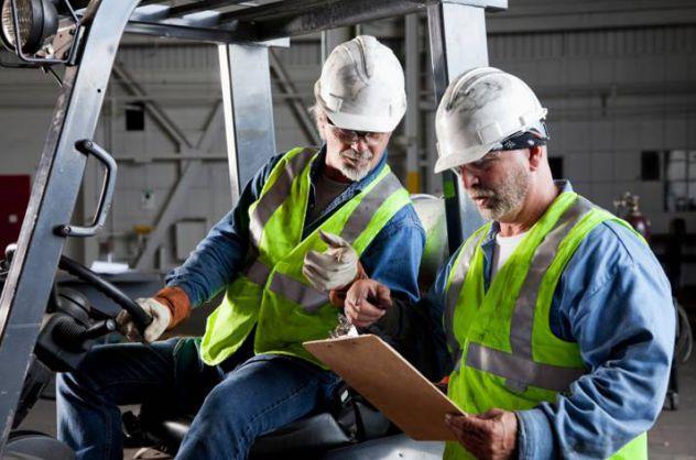 Corso di formazione e aggiornamento per conducente carrelli elevatori - Foto 3
