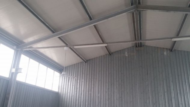 Capannone prefabbricato in ferro zincato smontabile. - Foto 5