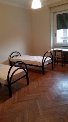 VIA SOLFERINO :disponibili stanze da € 270,00