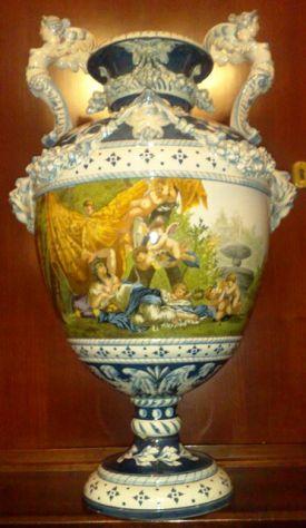 Compro cose d'epoca antiquariato ceramica oggettistica giocattoli militaria