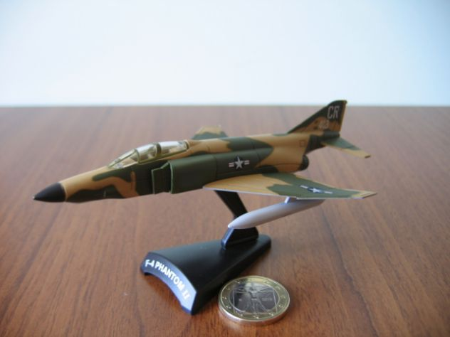 Aerei Militari De Agostini F-4 PHANTOM II