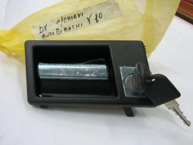 Maniglia porta con chiavi Autobianchi Y 10 prima serie