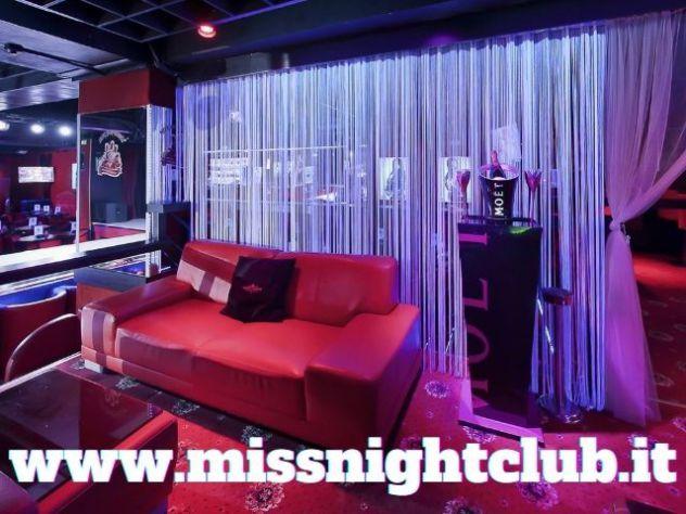 FIGURANTE DI SALA NEI MIGLIORI NIGHT CLUB - LAVORA DIVERTENDOTI! - Foto 2