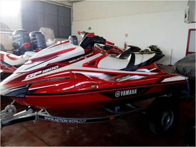 moto d'acquaYamaha GP1800