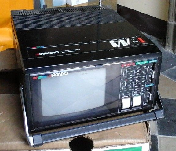 TV-Radio Portatile Vintage IRRADIO SCIROCCO PC5