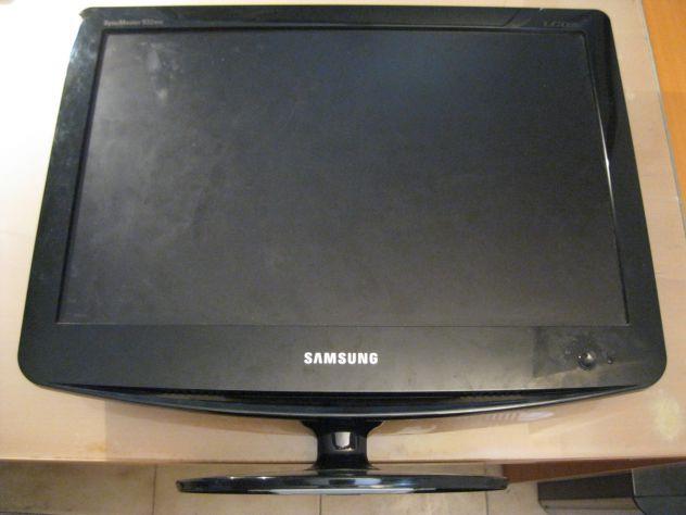 TV monitor 19