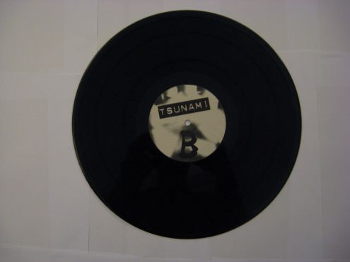 Vinile 45 giri (EP) originale 12 ' ' Tsunami - Foto 2