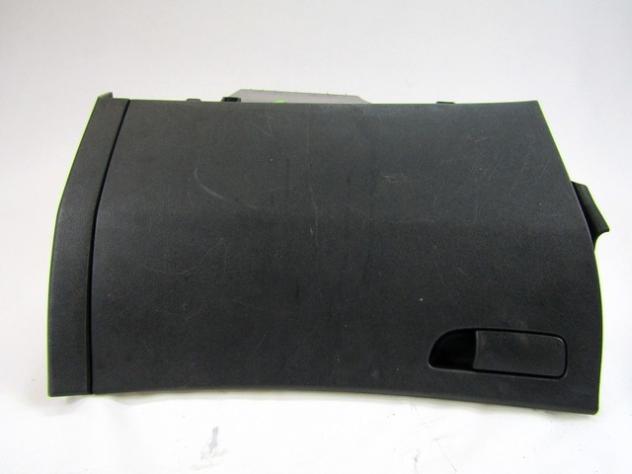 77500SMGG010 CASSETTO PORTAOGGETTI HONDA CIVIC 1.8 103KW 5P B 6M (2006) RIC …